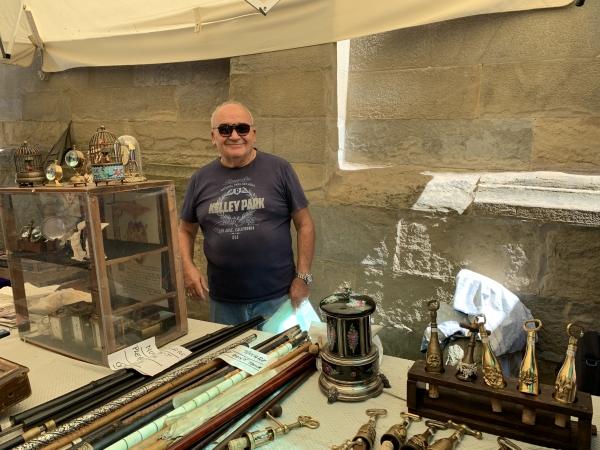 アレッツォの骨董市